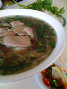 the pho tai from Phong Vinh is pretty darn good indeed