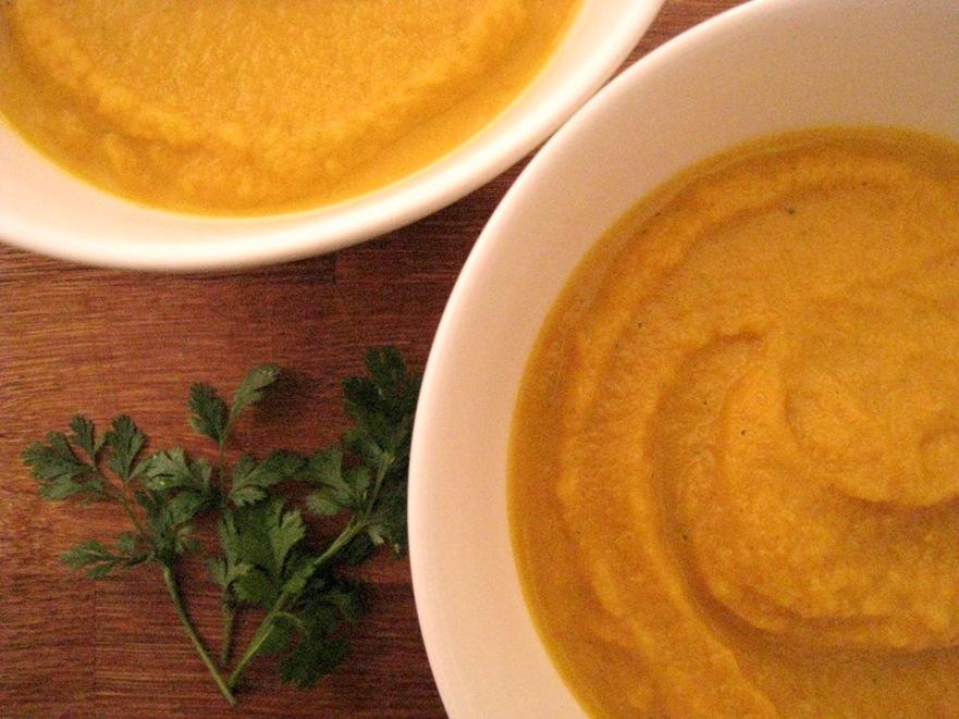 Raw butternut pumpkin soup